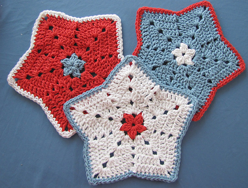 Free Crochet Star Dishcloth Pattern : Warm Hearts Yarn: December 2013