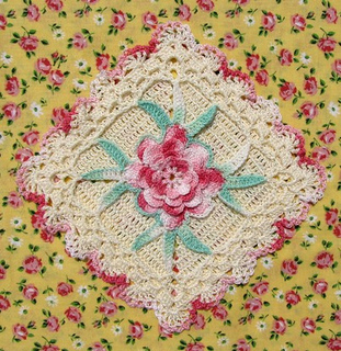 10_rose_centered_square_small2