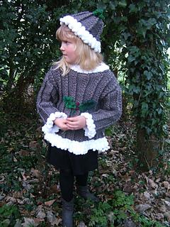 Beth_christmas_pudding_sweater_small2