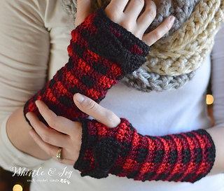 ravelry plaid arm warmers pattern by bethany dearden. Black Bedroom Furniture Sets. Home Design Ideas