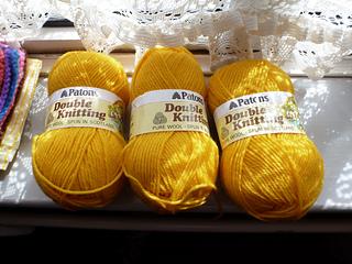 Patons_dk_sunshine_yellow_50g_x_3_small2