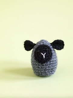 Amigurumi Ovalo : Ravelry: Amigurumi Little Lamb Egg Cozy pattern by Lion ...