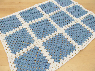 Lesley_granny_blanket_small2
