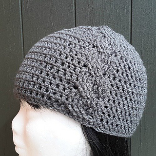 Bw123_cassiopia_hat_small2