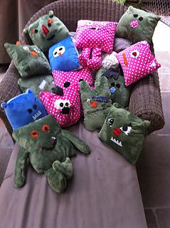 Monsters_group_medium2_small2