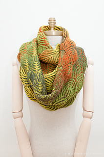 Uds_scarfwidth1mannequin-5537_small2
