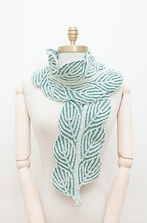 Uds_scarfthin1mannequin-5168_small2