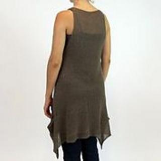 Liesl-model-back-130827_small2