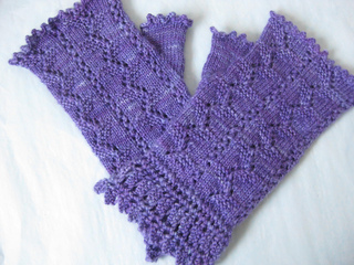 Titania_mitts_and_cowl_003_small2