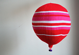 Pink_and_red_balloon_1_small2
