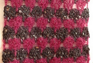 Larksfoot_crochet_scarf_1_small2