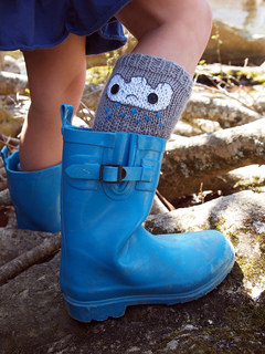 Raincloud_socks_web_small2
