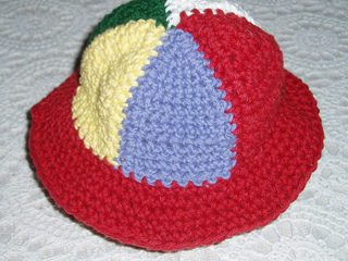 Cissy_beachball_hat_small2