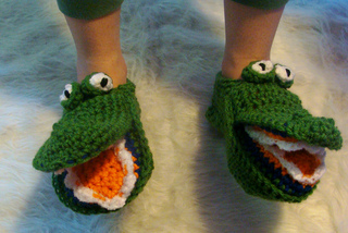 485_gator_slipper_4_small2