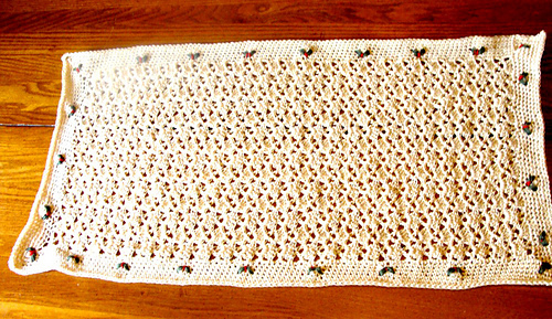 Holiday_table_runner_2_medium
