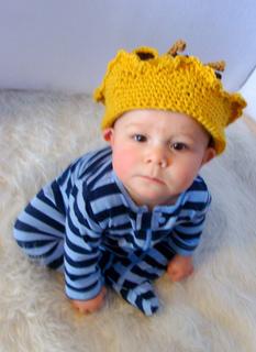 Giraffe_crown_hat_small2