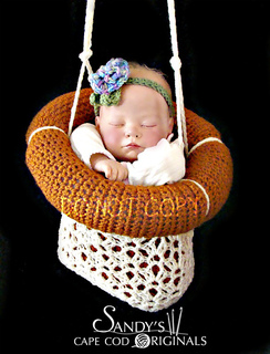 576_hanging_baby_small2