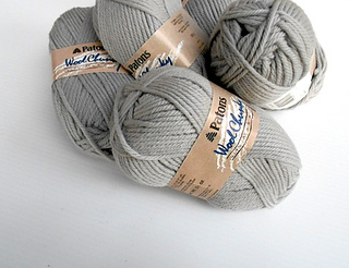 Patonswoolchunky-grey-1_small2