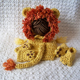 Lion_set_kathleen_small2