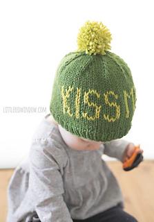 St_patricks_day_kiss_me_hat_knitting_pattern_02_littleredwindow_small2