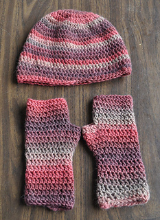 Minimo-crochetfingerless-hat_small2