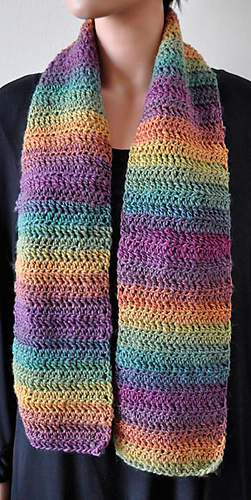 Moplus-scarf-croc_lng_medium