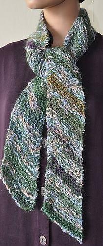Ravelry: Aria & Kid Merino Diagonal Scarf pattern by Susan Druding