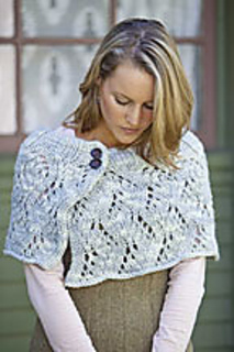 Kg_wavy_lace_cape_small2