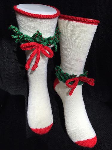 Christmas Wreath Socks PDF