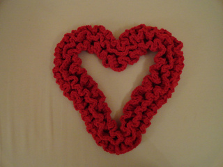 Ravelry Sweet Ruffles A Crochet Heart Wreath Pattern By