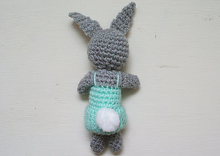 Betty_bunny_back_small2