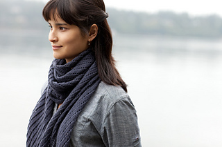 Diagonal-lace-scarf3_small2