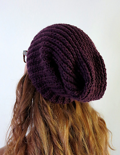 Slouchy_hat-model-back_small2
