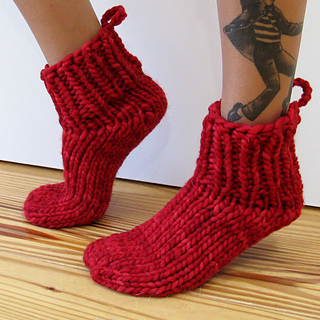 Cocoknits-lucky_13-red-sq_small2