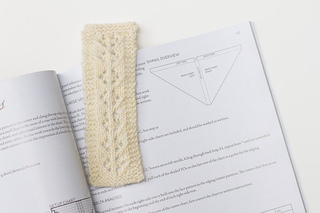 Lace_bookmark_1-06230_small2