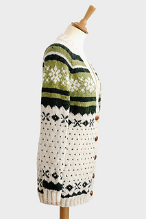 Chunky_snowflake_cardigan_pattern2_small2