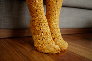 Gingko_socks_pattern_3_small2