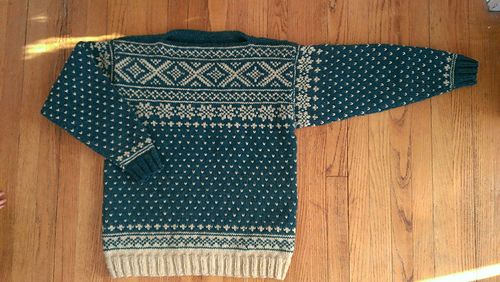 Ravelry: GGN Norwegian Ski Sweater pattern by Apropos of ...