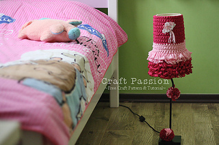 Crochet-lamp-cover-2_small2