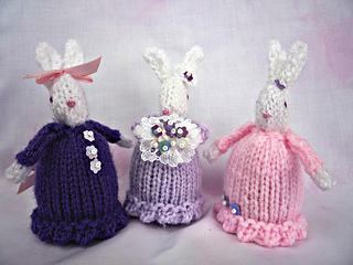 Ravelry Easter Bunny Creme Egg Cosy Pattern By Alison Hogg