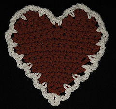 Ca-f01_heart_coaster_small