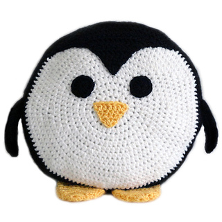 Penguinpillow2_small2