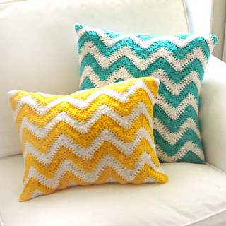 Crochet_chevron_pillow_covers_small2