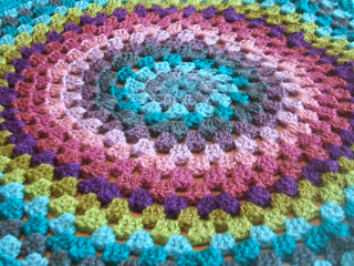Granny_circle_july_2010_small2