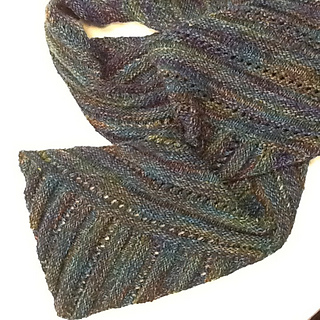 Ravelry: Multidirectional Diagonal Scarf pattern by Karen Baumer