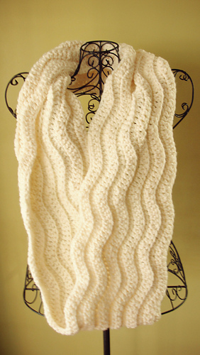 Cream_cowl_3_medium