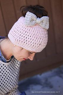 Cute-crochet-hat-pattern_small2