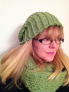 Mock_crochet_slouchy_hat_12_small2
