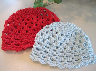 Pretty_little_baby_hats_aqua_red_3_small2