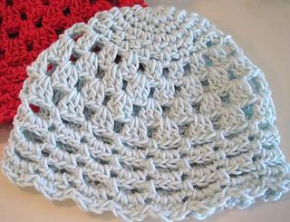 Pretty_little_baby_hats_aqua_red_4_small2